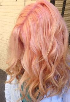 pastel peach hair. mermaid hair.