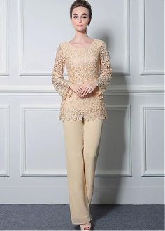 Romantic Pant Suits Chiffon & Lace Scoop Neckline Full-length Mother Of The Bride Dresses