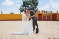 Finca el Rocío Miraflores de la Sierra #fotografoboda Lace Wedding, Wedding Dresses, Sierra, Ideas, Fashion, Photo Studio, Wedding Dress Lace, Christening, Bride Dresses