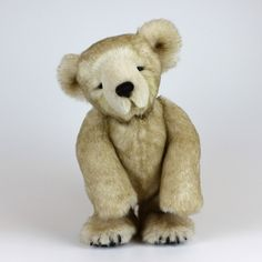 photos of fossil moss bears, made by natalie bell