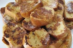 Recipe from The French toast from my childhood Food In French, French Toast, Breakfast Recipes, Dessert Recipes, Louisiana Recipes, Perfect Breakfast, Food Inspiration, Sweet Recipes, Bagel