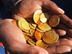 Gold coins from the 1533 shipwreck of the ship 'The Bom Jesus' unearthed in the Namibian Desert