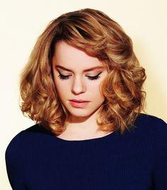 0083-vlnite-vlasy-kudrnate-vlasy on VLASY A ÚČESY  http://www.vlasyaucesy.cz/wp-content/gallery/141003-galerie-ucesu-vlnite-a-kudrnate-vlasy/0083-vlnite-vlasy-kudrnate-vlasy.jpg