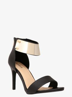 Torrid 6w sandals NWT | Torrid, Shoes sandals and Sandals