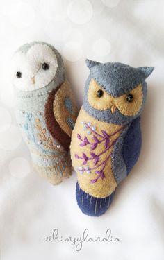 Felt Animal Patterns, Wool Applique Patterns, Felt Crafts, Fabric Crafts, Sewing Crafts, Felt Owls, Felt Birds, Felt Christmas Ornaments, Christmas Crafts