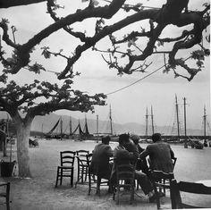 Κάρυστος 1950-55.φωτ.Βούλα Παπαιώαννου. Vintage Photographs, Vintage Photos, Sailboat, Once Upon A Time, Old Photos, Seaside, Sailing, Greece, Ocean