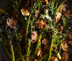 Roasted Broccolini with Winey Mushrooms / Sang An Roasted Vegetable Recipes, Mushroom Recipes, Veggie Recipes, Mushroom Sauce, Broccoli Recipes, Vegetable Dishes, Wine Recipes, Cooking Recipes, Healthy Recipes