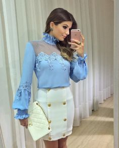 This outfit includes white clutches of Chanel Blouse Styles, Blouse Designs, Modest Fashion, Fashion Outfits, Womens Fashion, Skirt Outfits, Stylish Outfits, Estilo Lolita, Conservative Fashion