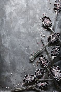 Peppermint Chocolate Spoons via Bakers Royale - AND I have about a billion vintage silverplated spoons that would be fantastic for doing this :)