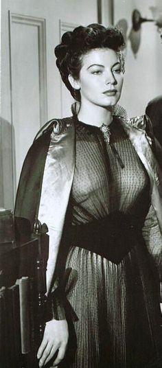 Ava Gardner.....Uploaded By www.1stand2ndtimearound.etsy.com