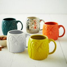 Colored Owl Mug set #coloreveryday. I want the silver or gold one!