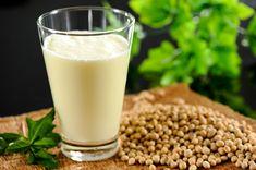 ¿Puede La Leche de Soya Ayudar a Crecer El Tamaño de Los Senos? Descubre Cual Es La Función Que Desempeña La Leche de Soya Para Crecer El Busto.