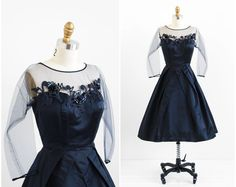 vintage dress / dress / Midnight Blue Silk Evening Dress with Paillette Blossoms by Pattullo-Jo Copeland Mob Dresses, Formal Dresses For Women, Plus Size Dresses, Dresses Online, Short Dresses, Bride Dresses, Wedding Dresses, Vintage Style Outfits, Vintage Fashion