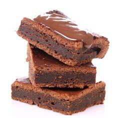 O alternativa pentru deja binecunoscuta prajitura inteligenta, aceasta reteta este ideala pentru cei care prefera deserturile cu cacao sau ciocolata. Desi are un singur strat de aluat, prajitura inteligenta cu cacao iese din cuptor in trei straturi, dintre care unul din ele este crema de ciocolata. Incercati si variantele de prajitura inteligenta simpla sau prajitura …