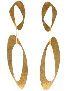 "HERVÉ VAN DER STRAETEN - ""sixties"" clip earrings Boucles d' oreilles métal doré."