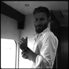As Anders Johnson The Almighty Johnsons, Dean O'gorman, Cute Nerd, Aiden Turner, Fantasy Story, Cute Actors, Middle Earth, Lotr, The Hobbit