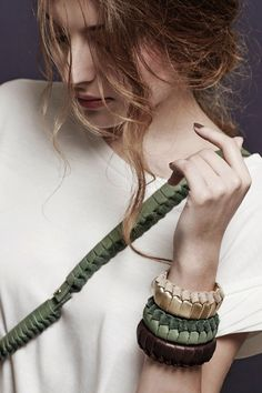 The new approach of combining collar and braided leather convinced us to present IT'S LAUBER on our platform. Sabine Lauber tries to show new ways of wearing  leather as a jewelry. The ornamental braiding technique as well as the long lasting soft leather material give this piece a feminine and elegant touch. This leather bracelet is handmade in Switzerland.