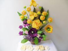 centros de mesa con flores en goma eva matizadas - Buscar con Google