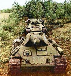 Medium tanks T-34 Model 1940 / czołgi średnie T-34 Model 1940