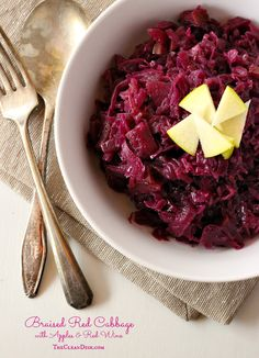 Braised Red Cabbage with Apples & Red Wine (vegan, grain free, GF, paleo friendly)
