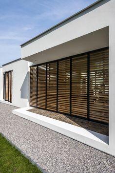 Grill Design, Patio Design, House Design, Canopy Outdoor, Outdoor Decor, Atrium Design, Wood Facade, Modern House Facades, Small Apartment Interior