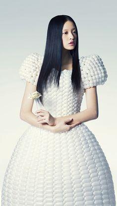 Sculptural Fashion - balloon dress; creative fashion design; 3D fashion // Rie Hosokai & Takashi Kawada