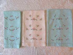 3 Vintage Linen Hand Towels Embroidered Floral