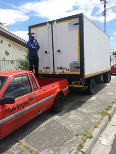 Reliable furniture moving using closed trucks0783437396We are afurnitureremoval specialist with proventrack record. Our service is second to none. We provide servicesin andaround Cape Town and the whole of Western Cape (Vredenberg, Saldanha,Vredendal, Clawilliam, Hermanus,Gans Baai, Greyton, Bredasdorp, Mossel Bay, George, Pletternberg Bay just to mention a few .*Free loading and offloading*Free goods intransit insurancecover forall your goods*Free Blanket service* 24/7 ...