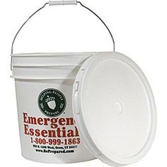These food-grade 5-gallon storage buckets will help you prep for doomsday or any other disaster!