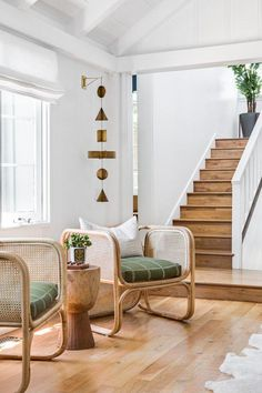 Care Home Furniture - Chairs #Cheapbedroommakeover 1930s House Interior, Modern Interior Design, Interior Shop, Modern Decor, Bedroom Decor For Couples, Diy Bedroom Decor, Home Decor, Cozy Bedroom, Entryway Decor