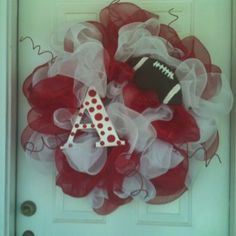 Razorback wreath crafts