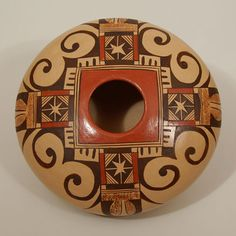 Adelle Lalo Nampeyo - ) Category: Contemporary Origin: Hopi Pueblo Medium: clay, pigment Size: height x diameter Item # Native American Baskets, Native American Artwork, Native American Design, Native Design, Native American Pottery, Pottery Painting, Pottery Art, Southwest Pottery, Pyrography Patterns