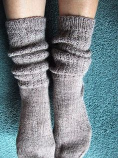 These slouchy socks look so cozy - From the Back Yard: Slouch Boot Socks Knitting Pattern
