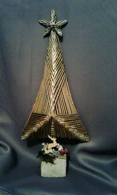 Decorative Bells, Home Decor, Christmas Crafts, Xmas, Paper, Newspaper, Braid, Weaving, Decoration Home