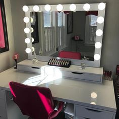 Impressions Vanity Hollywood Iconic™ Pro Vanity Mirror Feel like a star with the Impressions Vanity Hollywood Iconic™ Pro Vanity Mirror!...