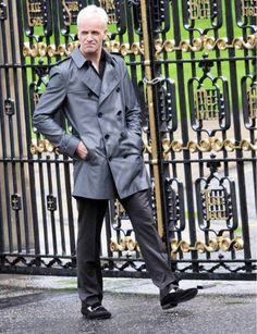Check out this fabulous collection of mens long pea coat.this elegant and fasinating mens slim pea coat is available for sale at reasonable price at jbsuits.