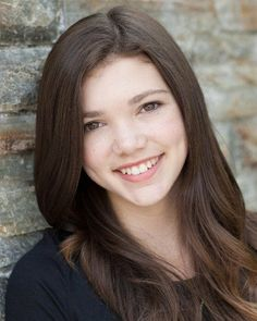 Georgie (Alisha Newton) from Heartland!!! Isn't her hair BEAUTIFUL?!!