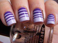 Gradient nails using stripes