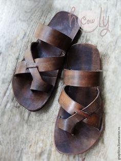 Купить или заказать Кожаные сандалии 'Gladiator' в интернет-магазине на Ярмарке Мастеров. Практичные и очень стильные сандалии 'Gladiator' были сделаны мной из 100% натуральной кожи высшего качества. Стиль сандалий 'унисекс' не оставит равнодушным как женщин, так и мужчин. Авторский дизайн и оригинальное исполнение, 100% ручная работа. Не откажите себе в оригинальной обуви! Узнать больше о доставке и оплате товара можно здесь: www.livemaster.ru/topic/360255-oplata-za…
