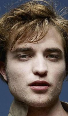 Pics of Rob like Edward Cullen from The Twilight Entertainment Weekly 2008