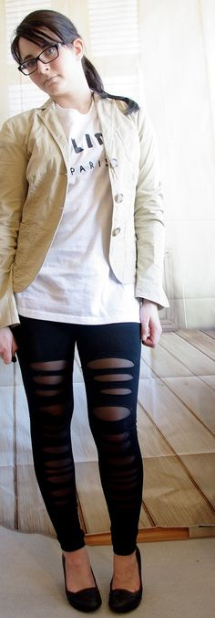 Outfit Ripped Cut Out Leggins & Blazer