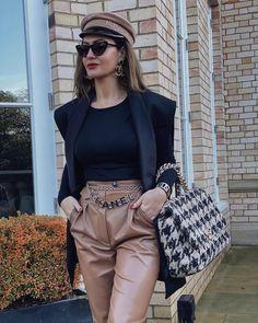 ☝🏻Click photo for more details☝🏻 😘Follow us for daily updates😘 ❤️worldwide shipping❤️😎 whatsapp: +60165425482/ +8618666021721 Dior Handbags, Best Handbags, Replica Handbags, Burberry Handbags, Fake Designer Bags, Designer Purses, Designer Handbags, Designer Shoulder Bags, Fashion Today