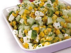 Helppo, arkinen salaatti valmistuu vähistä aineksista. Vegetarian Recepies, Vegan Recipes, No Gluten Diet, Finnish Recipes, Fodmap, Food Inspiration, Potato Salad, Seafood, Good Food