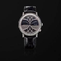 ホワイトゴールド製ダイヤモンド付き極薄機械式ウォッチ - ピアジェの高級時計 G0A33181