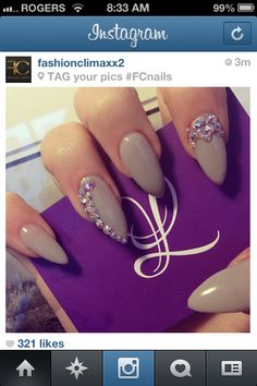 Almond shaped nails love the color n design