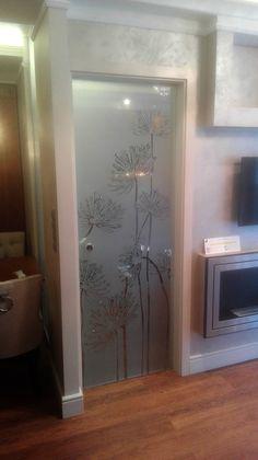 DUBIEL GLASS Kraków – drzwi szklane i inne   realizacje Living Room Tv Unit Designs, Case, Oversized Mirror, Bathroom, Furniture, Home Decor, Internal Doors, Bathroom Doors, Washroom