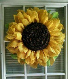 Delicieux Sunflower Wreath