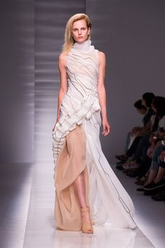 Yum! The Best Looks from the Couture Fall Winter 2015 Runway - Elle