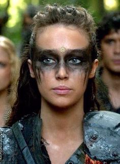 Alycia as Commander Lexa/Heda. Lexa The 100, The 100 Clexa, Hallowen Schminke, Krieger Make-up, Viking Makeup, Warrior Makeup, Tribal Makeup, Viking Costume, Fantasy Makeup