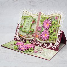 Garden Flowers Easel-Ly Elegant Handmade Card - Check Out How To Make Beautiful Elegant Cards That Really Stand Up and Stand Out Pin Now Easel Cards, 3d Cards, Fancy Fold Cards, Folded Cards, Heartfelt Creations Cards, Shape Books, Yellow Glitter, Up Book, Shaped Cards